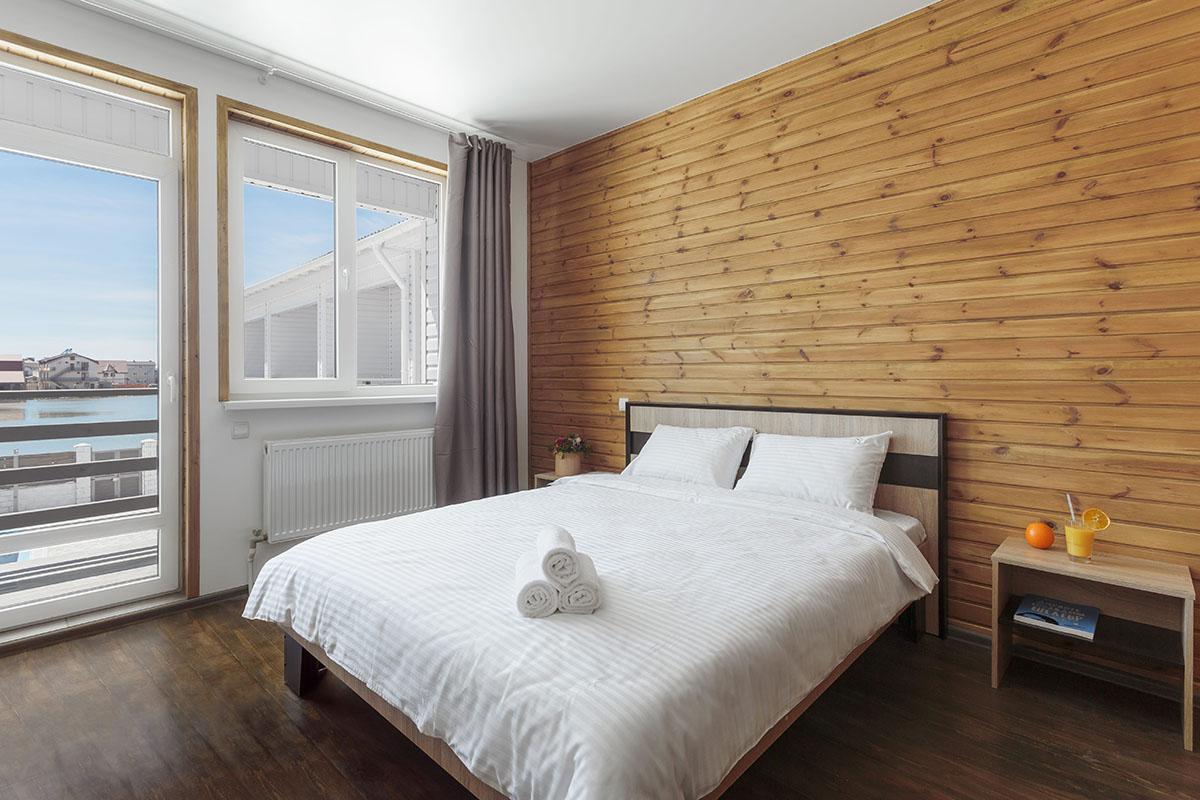 «Стандарт» с двуспальной кроватью